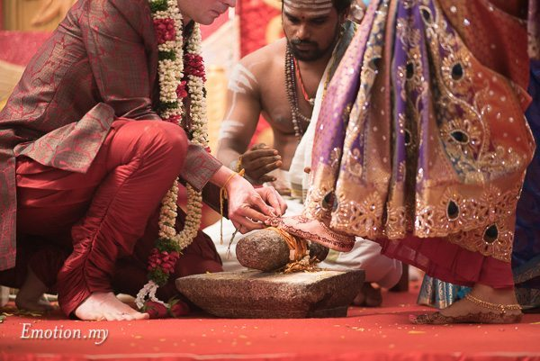 tamil-hindu-wedding-toe-ring-malaysia-dave-jeeno
